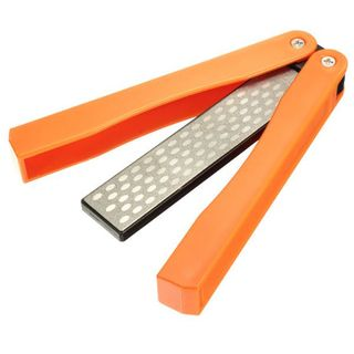 Folding diamond knife sharpener