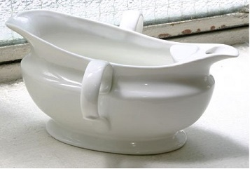 Rockingham gravy boat with fat separator