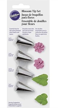 Wilton Blossom decorating tip set