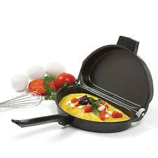 Omelette pan and poacher